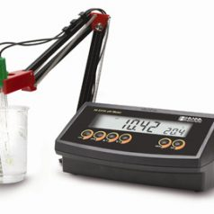 pH meter, Benchtop, HI2211