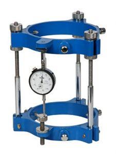 Concrete extensometer